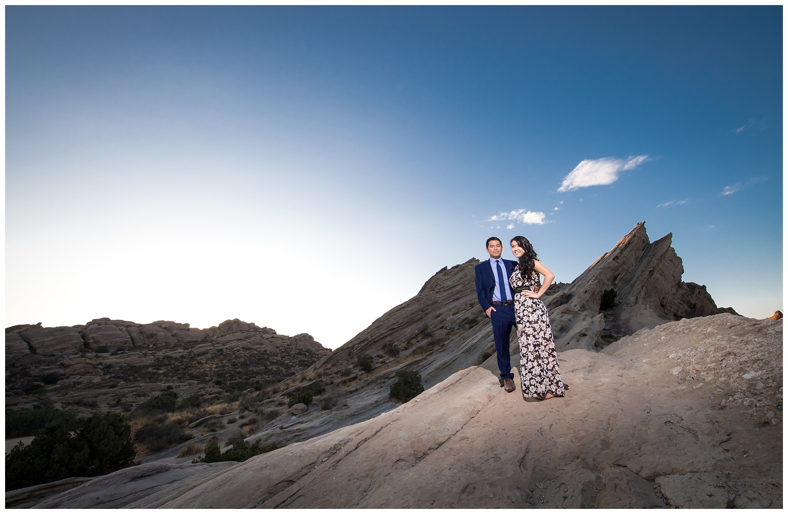 Vasquez Rocks Engagement_0012.jpg