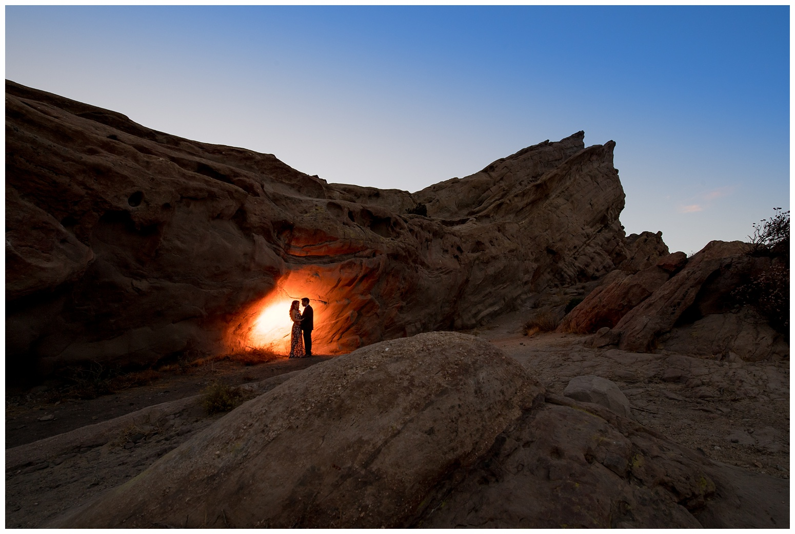 Vasquez Rocks Engagement_0016.jpg